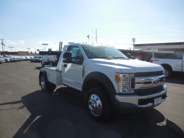 2017 Ford Super Duty F-450 XL 2WD Reg Cab 145